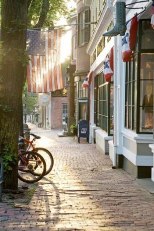 Cool Shops and Cobblestone Streets