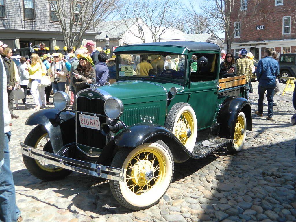 Green Antique Car