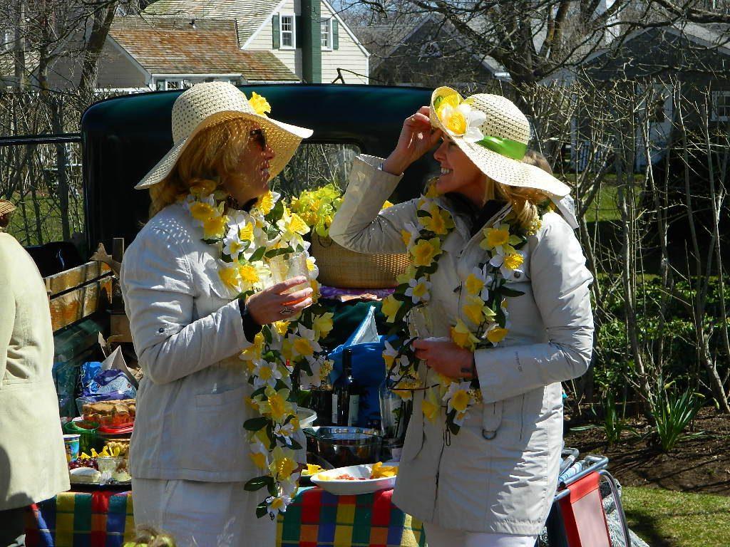 Daffodil Attire